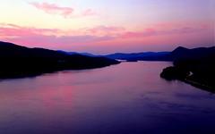 Hudson River,New York State (godataimg) Tags: sunset usa ny horizontal river bearmountain hudsonriver bearmountainarea