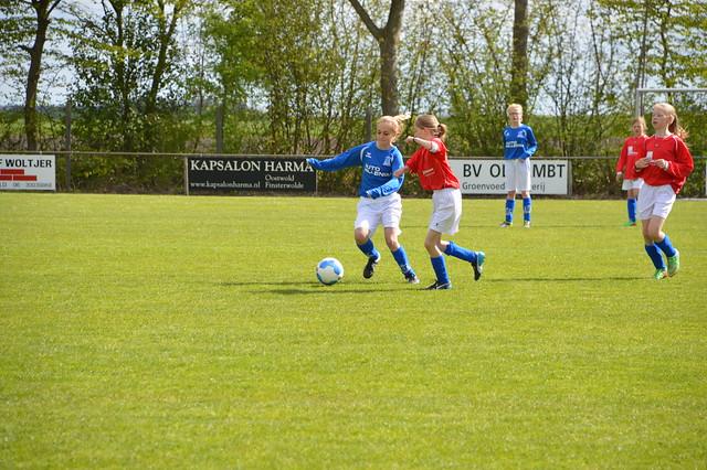 voetbal tegen glimmen 02-05-15 017