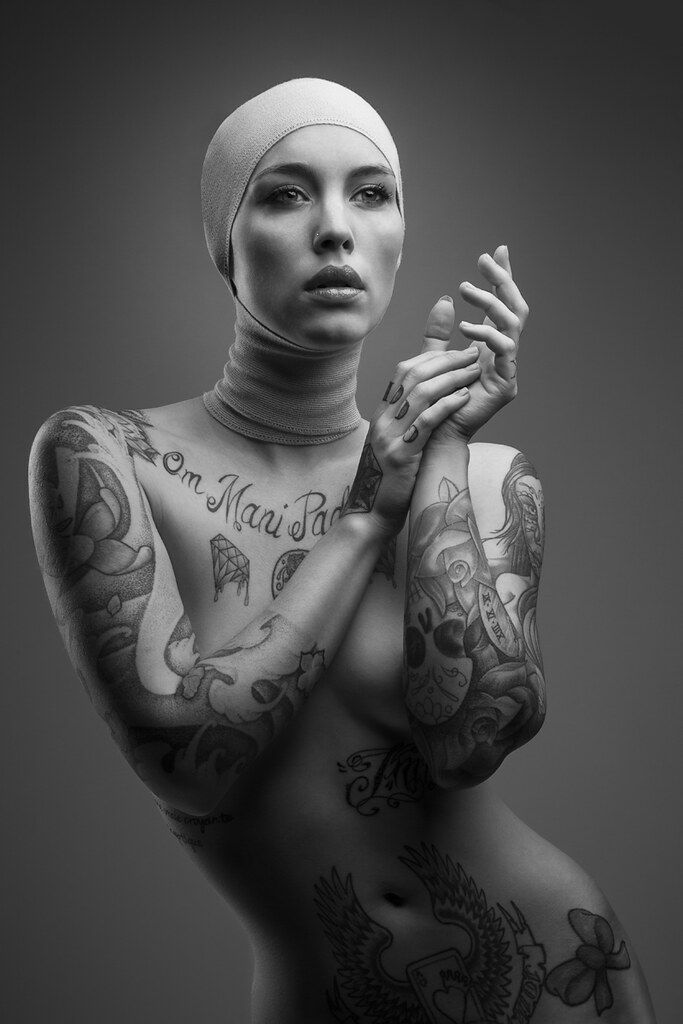 photography-nude-women-tattoos