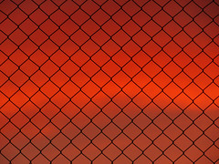 Twilight through the fence. (josefelix17) Tags: sunset red sky canon fence atardecer twilight rojo dusk venezuela lara cielo cerca minimalism minimalismo abstracto barquisimeto crepsculo