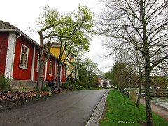 road in turku (harrypwt) Tags: street trees red finland spring helsinki turku s90 harrypwt canons90