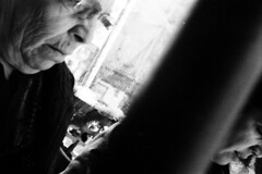 Prima Dopo (Gattacicova92) Tags: canon canonvt vt deluxe 50mm ltm m39 rangefinder telemetro film pellicola rullino analog analogue analogica argentique ilford hp5 1600 iso asa rodinal push processing bianco nero black white monochrome reportage documentary street napoli naples italia italy shootfilm