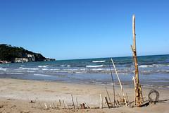 Apulien (andreasdietrich477) Tags: italien sea sky italy sun detail beach strand landscape eos meer wasser mare view outdoor aussicht ufer landschaft sonne kste apulia peschici apulien 550d weichgezeichnet niedrigerkontrast mittlerequalitt mittlerequalitt