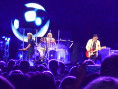 The Who at Verizon Center, 3/24/16 (splattergraphics) Tags: washingtondc concert tour band thewho rogerdaltrey petetownshend verizoncenter zakstarkey thewhoturns50