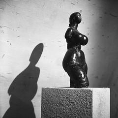 france_trip011 (ilija.karavlah) Tags: sculpture france museum rolleiflex delta epson 3200 ilford volti ddx villefranchesurmer 28e v750 antoniucci voltigero