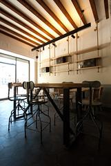 _DSC1183 (fdpdesign) Tags: arredamenti shop design shopdesign nikon d800 milano italy arrdo italia 2016 legno wood ferro sedie tavoli locali cocktails bar interni architettura