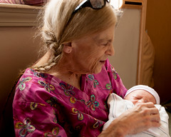 New Grandson Toms (19) (tommaync) Tags: grandma boy baby hospital nc nikon infant durham grandmother july northcarolina grandson susie drh toms 2016 d40 dukeregionalhospital