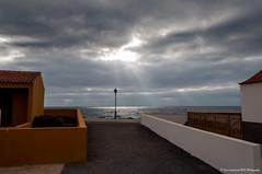 Fuerteventura Rays of light (Dave Lockwood DA12) Tags: sea clouds nikon skies fuerteventura rays sunrays canaryislands onone lightroom caletadefuste d300s perfecteffects9