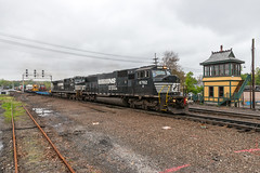 The Carnival Passes Through (sullivan1985) Tags: county new carnival train james gloomy cloudy circus ns norfolk nj southern e jersey bergen sd60m strates h08 d940cw