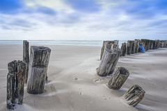 No. 1053 Windy eve at the Uggerby river estuary (H-L-Andersen) Tags: longexposure sea beach denmark wind little le lee groyne manfrotto stopper landoflight leefilters faskine canoneos6d hlandersen uggerbyå uggerbystrand littlestopper