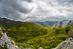hoces de vegacervera (Len) (Nuria Domnguez) Tags: sky beautiful landscape paisaje vistas montaa len picosdeeuropa castillayleon hocesdevegacerveralen