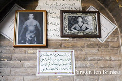Shiraz's Bazar - at the wrestler's (10b travelling) Tags: persian asia asien iran middleeast persia wrestler shiraz asie iranian bazaar bazar 2014 neareast moyenorient naherosten mittlererosten tenbrink carstentenbrink westernasia iptcbasic 10btravelling
