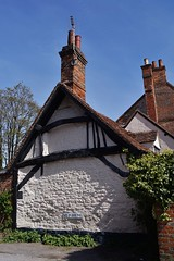 End on (dlanor smada) Tags: oxfordshire chimneys halftimbered oxon cottages thame