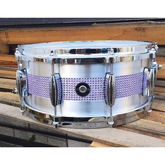 A friend of ours recently commented that we mostly build black drums with an inlay... They are right... Here is to changing it up. 6X14 Aluminum Plate with a lavender rhinestone inlay. #qdrumco #aluminum #flashwithclass