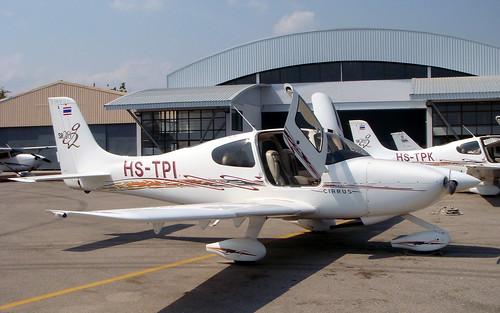Cirrus SR20 HS-TPI-01 Hua Hin 14Jan10