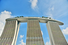 Marina Bay Sands (Ormastudios) Tags: architechture singapore asia bluesky iconic mbs marinabaysands