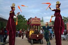 circus (Kirmatic) Tags: show 30 circus sony sigma juggling plaisir compagnie remuemenage nex6