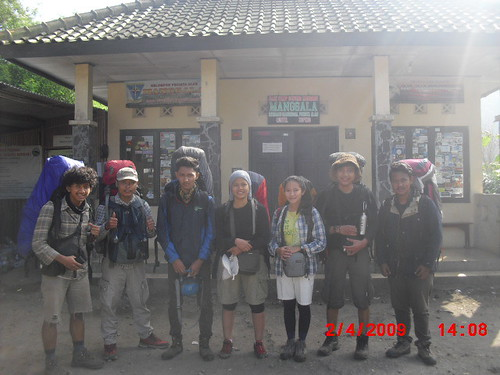 "Pengembaraan Sakuntala ank 26 Merbabu & Merapi 2014 • <a style=""font-size:0.8em;"" href=""http://www.flickr.com/photos/24767572@N00/27094732061/"" target=""_blank"">View on Flickr</a>"