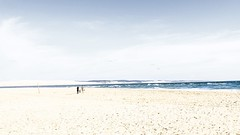 Allez vers la lumire... (Isabelle Gallay) Tags: ocean light sea people mer beach nature water fuji dune human fujifilm highkey plage aquitaine humain gironde fujix30