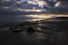 Sunrise on the North Sea strand - Vlieland 2016 (Wilma v H- Back from Beara in Ireland! Behind!) Tags: vlieland waddeneilanden noordzee northsea friesland sunrise beaches patternsinthesand dawn crackofdawn sunbeamsbreakingthroughtheclouds canoneos60d waterscapes landscape dutchlandscape nederland netherlands travel holiday clouds skies noordzeestrand