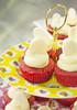 Cupcake red velvet (Patricia Vélez) Tags: postres cupcakes dulce redvelvet repostería quesocrema pastelillos terciopelorojo ponques mangapastelera clasesdecocina capacillos ambientegourmet julianaalvarez postreclásico