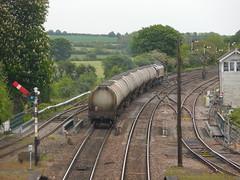 Bogie Tanks (Boothby97) Tags: lincolnshire ews 66044 barnetby semaphoresignals bogietanks 6d80 barnetbyrailwaystation