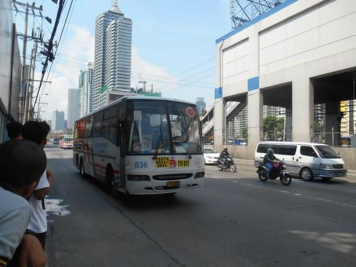 Dela Rosa Transit 836