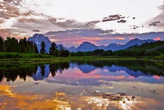 #Sunset over Oxbow Bend on the Snake River, Grand Teton National Park. . Print available DM for inquiry . . #travel #adventure #nature #travelphotography #landscape #landscapephotography #adventuretravel #RideUSA #iloveUSA #USA #VisitUSA #AmericatheBea (ChinaDinna) Tags: travel sunset landscape nationalpark sundown grandtetonnationalpark oxbowbend instagram ifttt