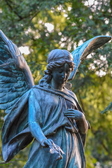 2013DSC_1699_8858-2 (mercatormovens) Tags: frankfurt engel grab grabmal engelsstatue hauptfriedhof
