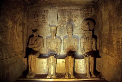 "Ägypten 1999 (136) Assuan: Im Großen Tempel von Abu Simbel • <a style=""font-size:0.8em;"" href=""http://www.flickr.com/photos/69570948@N04/27526563912/"" target=""_blank"">View on Flickr</a>"