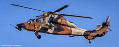 Eurocopter EC-665 Tigre HAP (HA.28-02 / ET-702) (Ignacio Ferre) Tags: airplane spain aircraft aviation military landing helicopter avin tigre helicptero eurocopter spanisharmy famet lecv ec665 eurocopterec665tigrehap