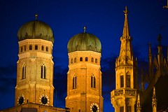 Munich - Iconic Towers (cnmark) Tags: new city blue light architecture night germany munich mnchen deutschland hall cathedral symbol famous gothic style landmark hour historical rathaus iconic frauenkirche neues stil allrightsreserved
