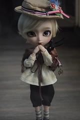 Custo  (Loony-Doll) Tags: animal eyes doll dolls stock glen groove custom custo poupe isul junplanning customis