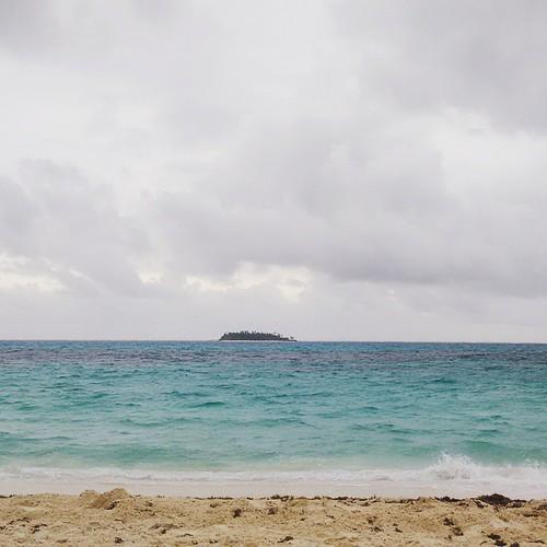 Buenos días mar de los 7 colores :) ¡Feliz domingo! #Beach #Island #Colombia