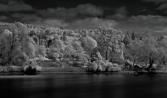 kinnoull parish church perth and the river tay-5150060 (E.........'s Diary) Tags: tay perth infrared eddie rossolympusomdem5markiiscotlandmay2016perthpe rossolympusomdem5markiiscotlandmay2016perthperthshirespring
