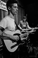 Kenneth Paul Kelley - Guitar (sevres-babylone) Tags: toronto cameronhouse kurtnielson kaylahowran kennethpaulkelley x100t jmartinsevresbabylone theendofaresidency 160507012958efexcl72700a
