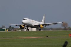 EC-LUN take off. (aitch tee) Tags: aircraft airbus takeoff airliner a320 jetliner walesuk cardiffairport vueling maesawyrcaerdydd eclun cwlegff