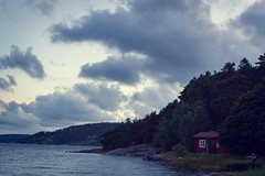 Show me places, where I've never been (Leuchtschnitte) Tags: vindns camping scandinavian travel travellovers couple nordsee wildsea strmisch redhouse vacation sweden