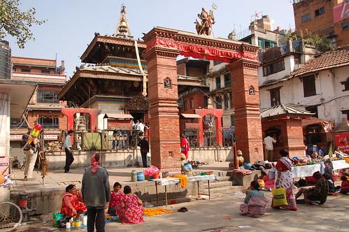 "d1 - Kathmandu - Durbar Square (10) <a style=""margin-left:10px; font-size:0.8em;"" href=""http://www.flickr.com/photos/125852101@N02/17256014303/"" target=""_blank"">@flickr</a>"