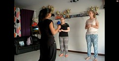 Bollywood Dance uitleg (MTTAdventures) Tags: workshop bollywood dansen lerares
