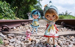 The old railway track was not so easy to walk on for the little ones but fun nontheless!!!