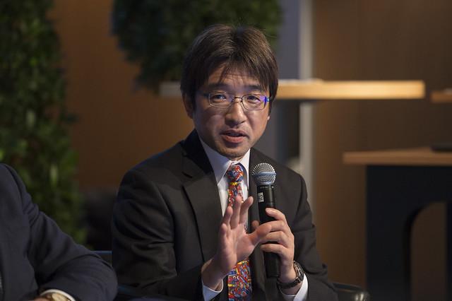 Toru Hasegawa making a point