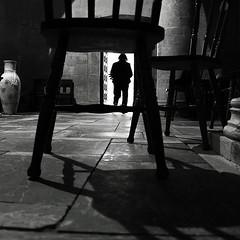 punti di vista (rino_savastano) Tags: persona ombre chiesa sedia bianconero