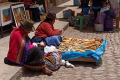 Niedzielne targowisko w Pisac | Sunday market in Pisac