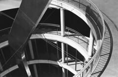 Parkspirale (Turikan) Tags: nikon fe nikkor 35105mm adox silvermax 100 rodinal stand dev dortmund parkhaus spirale
