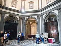 """Sacristy (1495-1496) by Giuliano da Sangallo (Florence 1445-Florence 1516) with """"Crucified Christ"""" by Michelangelo - Santo Spirito Church in Florence (* Karl *) Tags: italy florence firenze michelangelo giulianodasangallo"""