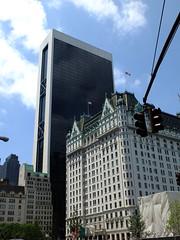 So low by the Solow (failing_angel) Tags: usa newyork centralpark manhattan plazahotel ussa gordonbunshaft solowbuilding henryjhardenbergh 300515