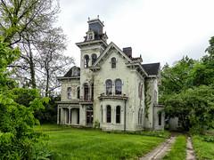 Acorn Hall (J Wells S) Tags: abandoned victorian indiana spooky explore bedandbreakfast decayed lawrenceburg italianate greendale vacanthouse inexplore dearborncounty acornhall italianatevilla williampsquibb