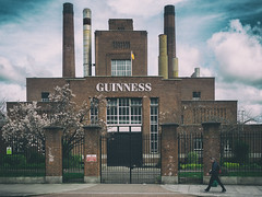Guinness (Al Fed) Tags: street chimney dublin man industry clouds spring guinness storehouse 20160426
