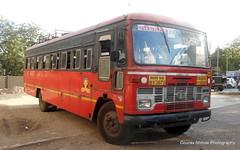 MSRTC Islampur depot bus just arrived at Shirdi bus stand Route -- Sangli -- Shirdi Via Ashta ,Islampur , Karad ,Satara ,Pune , Ahmedngar (gouravshinde94) Tags: msrtc parivartan bus shirdi sangli